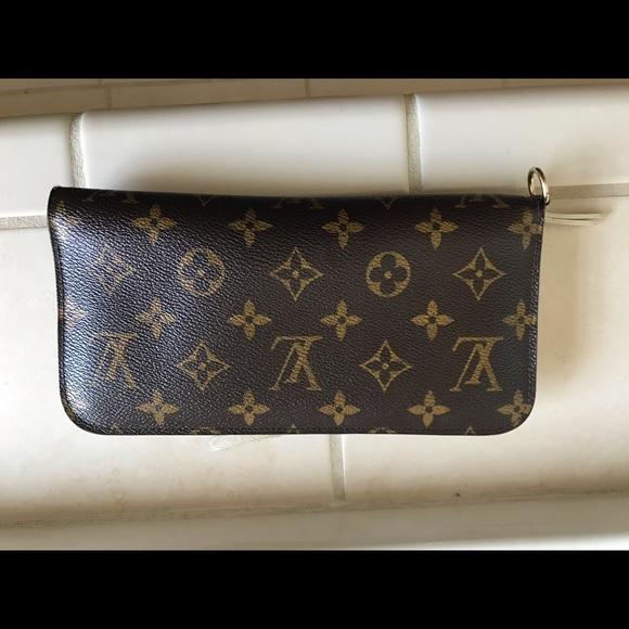 Louis Vuitton Handbags - SOLD - Authentic Louis Vuitton Insolite Wallet